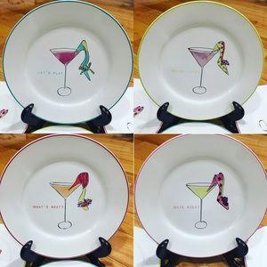 4 Collectible plates.